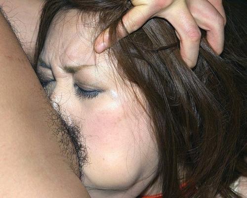 膣内にペニスが挿入っているのがよくわかる男女の激しいセックス画像