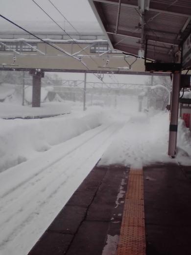 黒姫駅ホーム