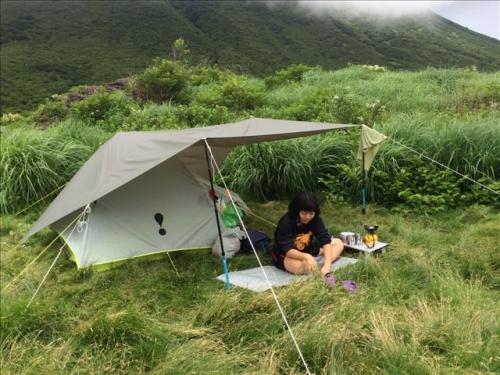 坊がつる テント2