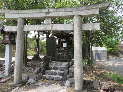 IMG_3382 営筑稲荷神社