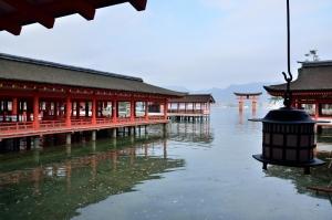 厳島神社 枡形(ますがた)