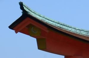 大鳥居 月の印