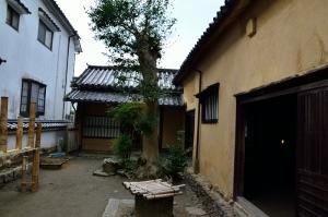 頼惟清(らい ただすが)旧宅 庭