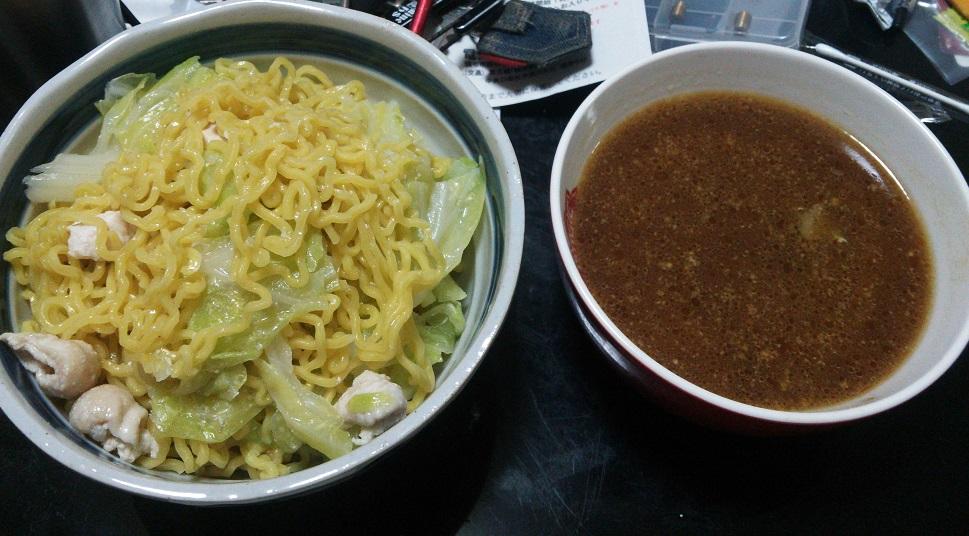 ⑧色々スープのつけ麺
