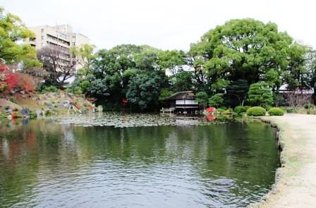 渉成園印月池_H26.12.06撮影