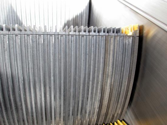escalator010021.jpg