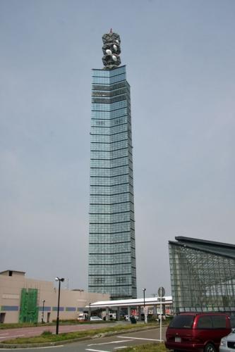Akita_Port_Tower_SELION_1.jpg