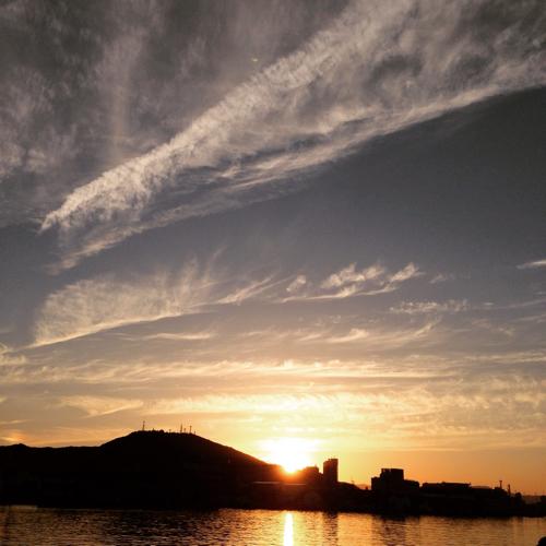 眉山と夕日