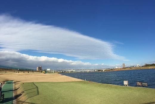 150109_01河川敷の雲
