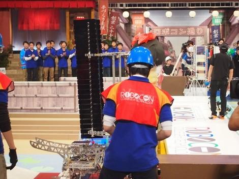 20141231_高専ロボコン2014、熊本高専優勝(470x352)
