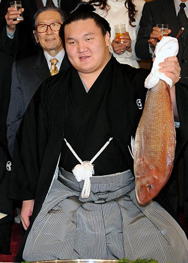 100524_hakuho.jpg