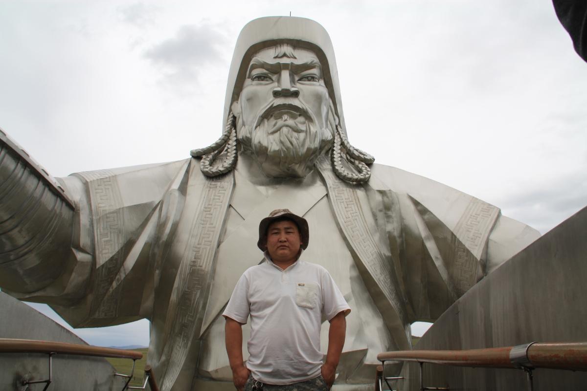 Genghis-Khan-Statue-driver.jpg