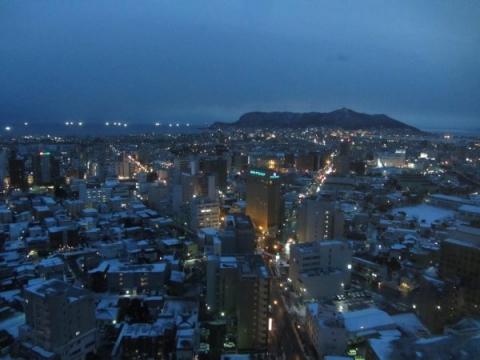 函館市街と函館山