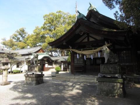 知立神社拝殿