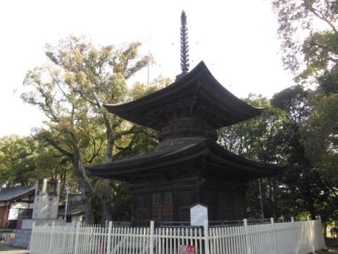 知立神社多宝塔
