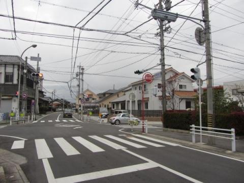 旧東海道 今本町8丁目交差点