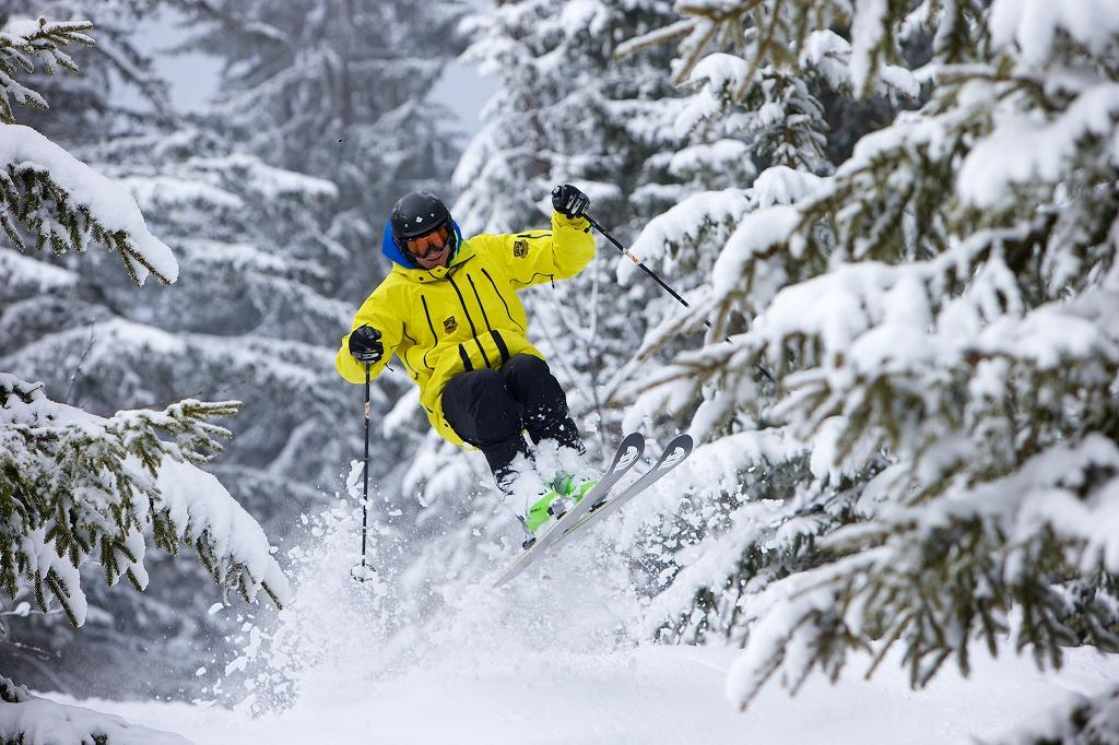 s-Recreational-skier-J7062[1]