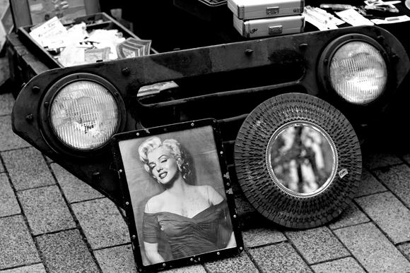 Monroe-3_R.jpg