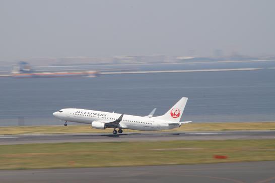 日本航空JAL-EX離陸