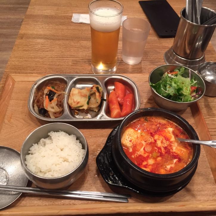 辛うま味にやみつき!新宿で本格韓国料理が楽しめ …