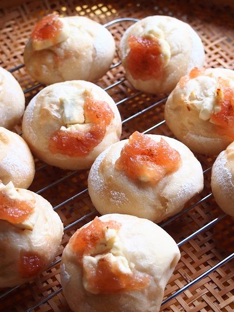りんごのおやつパン3