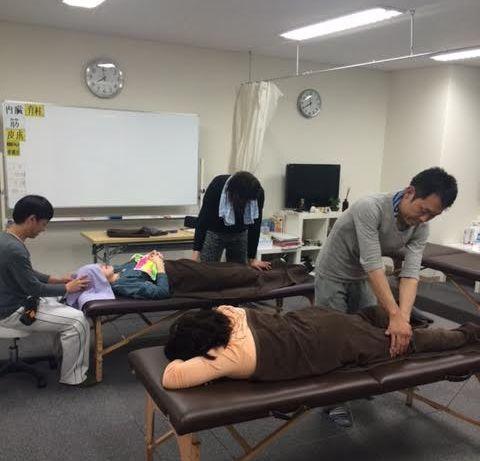手足のシビレ痛み治療改善福岡県福岡市整体腕の良い先生