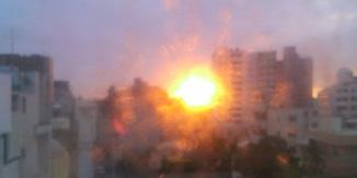 ホテル窓からの日の出