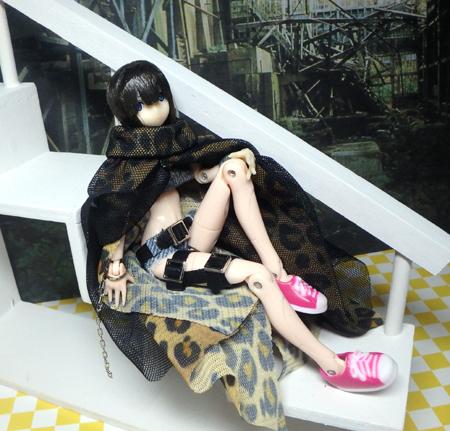 27_7_7 黒ビキニの女豹・1