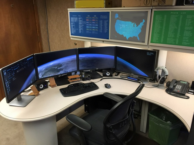 PCdesk_MultiDisplay47_50.jpg