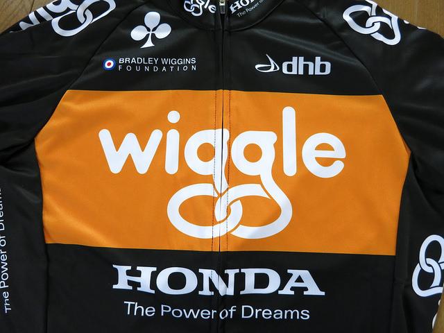 Wiggle_Honda_Long_Sleeve_Jersey_07.jpg