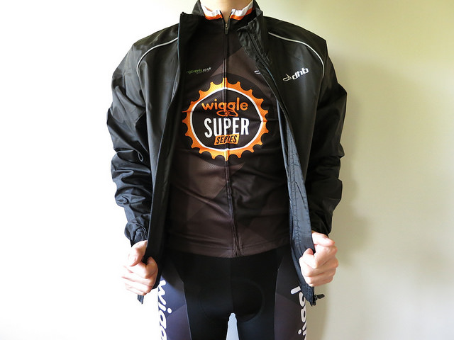 dhb_Active_Waterproof_Cycle_Jacket_15.jpg