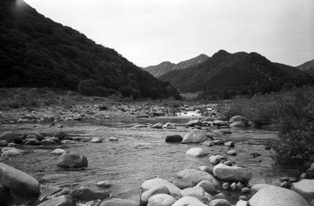 深山幽谷65a
