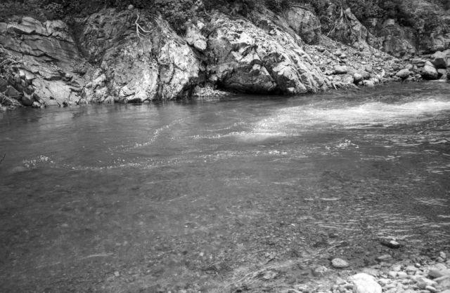 深山幽谷75a
