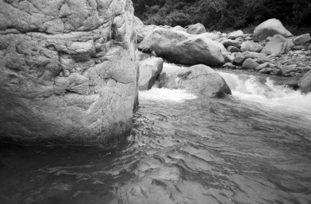 深山幽谷73a