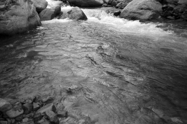 深山幽谷72d
