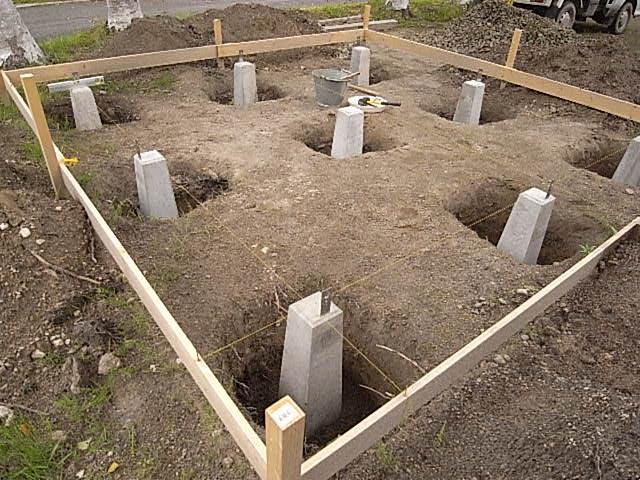 小屋沓石設置2