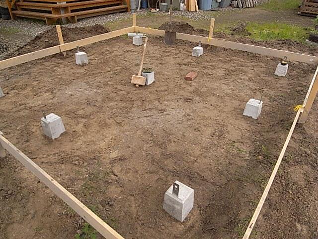 小屋沓石設置5