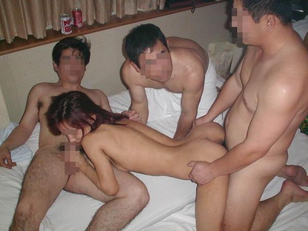 乱交 輪姦 画像 11
