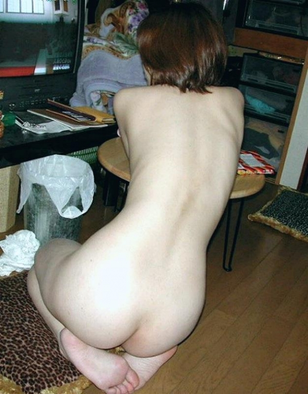 人妻エロ画像 4