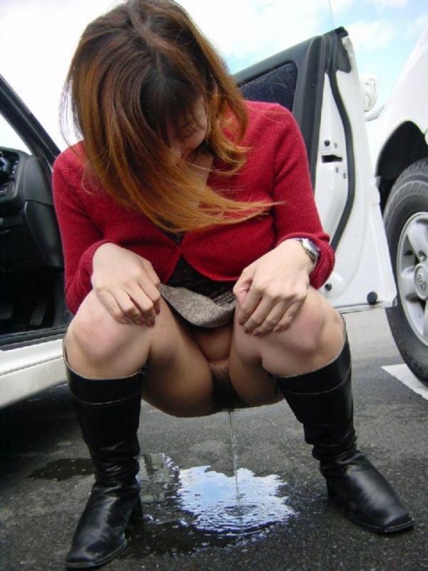 野外排尿画像 21