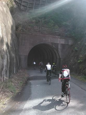 20150228_tunnel.jpg