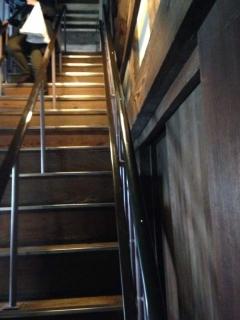 6姫路城 狭い階段