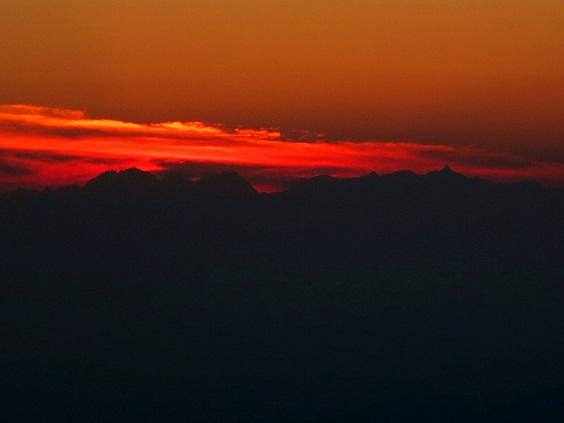 5夕陽の北アルプス