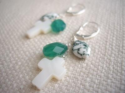 green onyx cross earrrings