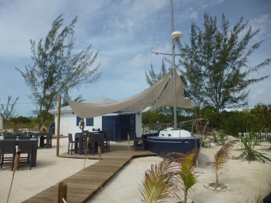 Turks & Caicos 超クールなレストラン The Landing