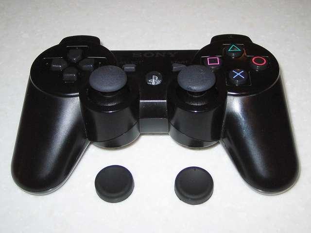 DS3 Dualshock3 デュアルショック3 Wireless Controller Black CECHZC2J A1 アタッチメント用 アクラス PS3用 コントローラーキャップセット アナログスティック用キャップ(ノーマルタイプ) 取り付けを試みるもゴムが硬いためか取り付けられず