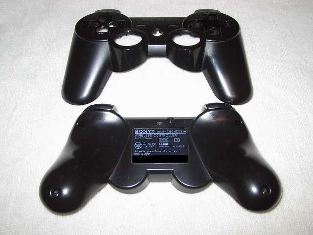 DS3 Dualshock3 デュアルショック3 Wireless Controller Black CECHZC2J A1 クリーニング作業、コントローラー本体外側、綿棒と無水エタノールとつまようじを使い汚れを取る
