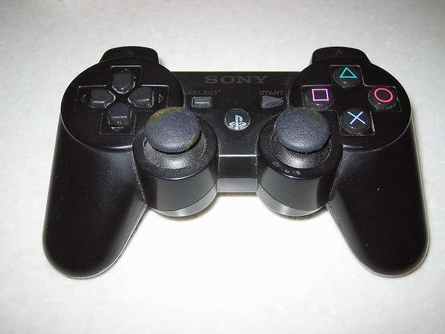 PS3 コントローラーをメンテナンスするため分解してみました その1