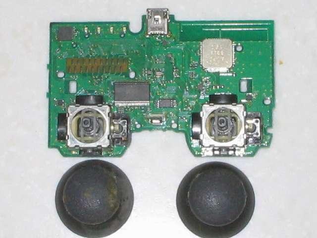 DS3 Dualshock3 デュアルショック3 Wireless Controller Black CECHZC2J A1 分解作業、電子回路基板 アナログスティック側、アナログスティック取り外し後