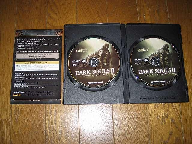 PC 用 DirectX 11 対応版 DARK SOULS II SCHOLAR OF FIRST SIN (数量限定特典同梱) パッケージ版 ゲームディスク 2 枚組と簡易マニュアル